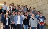 GY-SchülerInnen diskutieren im Landtag  mit Frau Marie-Luise Fasse, MdL
