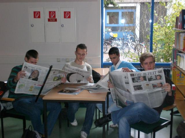 Zeitungsprojekt_ZEUS.jpg